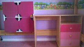 Girls desk with three pink drawers FREE