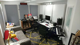 West London Music Recording Studio TIMESHARE to Let £199pcm for 1 day a week - W3