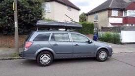 Large Autoform roof box available to rent/hire if You need one for your holiday - only £7/day