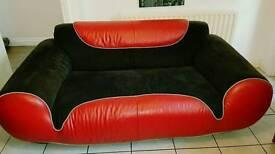 Retro sofa suite
