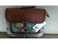 Ladies handbag bundle