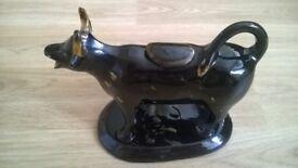 1800s jackfield black glaze cow creamer
