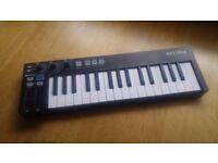 Arturia KeyStep Portable USB MIDI Keyboard Controller & Sequencer (black)