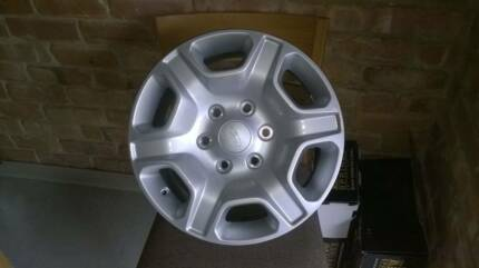 ford ranger PX2 XLT alloy aluminium wheel rim delivery kms only Aldgate Adelaide Hills Preview