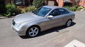 **Stunning Mercedes CLK Aventgarde Diesel Full Service History ***********************