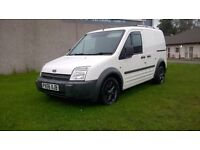 FORD TRANSIT CONNECT T200 DIESEL, SIDE LOADING DOOR, ALLOYS, 6 DISC CHANGER, ROOF-BARS