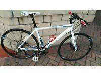 Like new Boardman Hybrid Comp bike