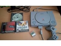 PLAYSTATION (PS ONE / PS1) WITH 3 GAMES