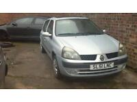 Renault clio 1.2 petrol breaking for parts
