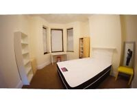 FemaIe London House Flat Share, 3 Double Size Room at Single Price -- mint pie