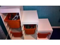 kids storage with 3 tubs