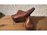 Two-tone mens shoes - size 10 - £15
