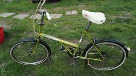 CLASSIC RALEIGH BICYCLE