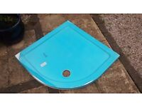 Brand new B&Q 900x900mm quadrant shower tray with high flow outlet.