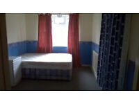 MASTER BED ROOM TO RENT FROM 140 PW FOR COUPLE