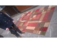 Quality large stylish rug excellent central London bargain