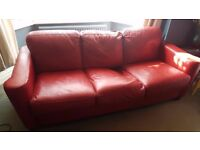 FREE RED LEATHER SOFA IN GOOD USED CONDITION FREE TO COLLECT 07486933766