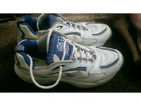 GM Cricket shoes
