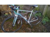 Ladies Giant Avail 5 road bike in good condition recently serviced with new cassette and chain
