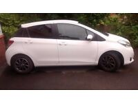 2013 TOYOTA YARIS, 1.0 EDITION VVT-I WHITE. GOOD SPEC. A REALLY NICE CAR / EXCELLENT MPG