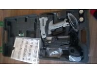 hitachi ng65gs nailer in case with batteries and charger.needs gas