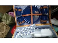 quality picnic basket set, all inclusive