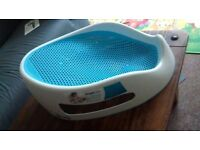 *AS NEW* Angelcare Soft Touch Bath Support - Aqua