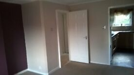 2 Bed flat available now.Greenock