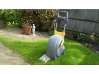 Never used - Hozelock Fast Cart with 40m of 12.5mm quality hose plus extra's.