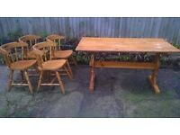 Pine country/shabby chic dining table with 4 chairs