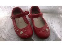 RED SHOES WITH FLOWER DESIGN