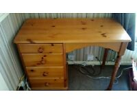Pine wood desk/dresser with 4 drawers