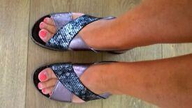 Ladies Kinlock Sandals Size 6
