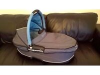 Quinny Dreami carrycot - bluestone £10