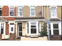 2/3 Bed House- newly decorated