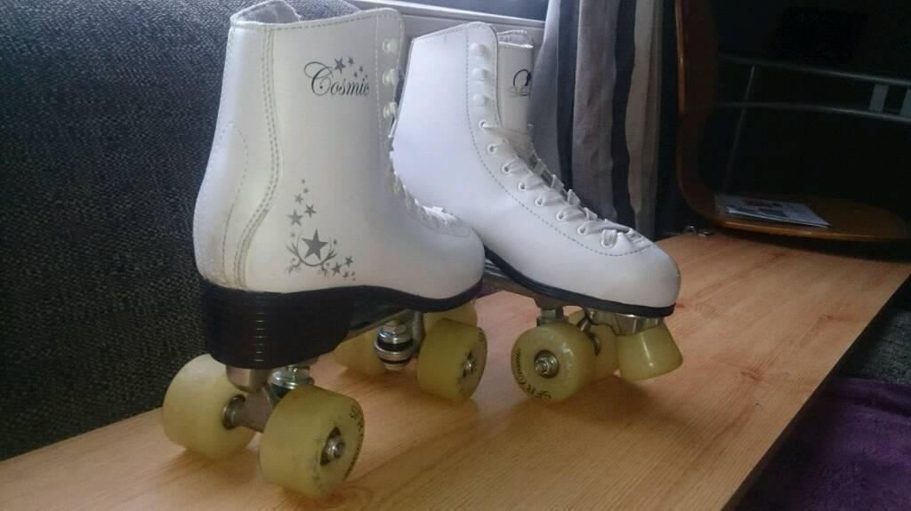 SFR Cosmic Women's Roller Skates, White. Size 7.