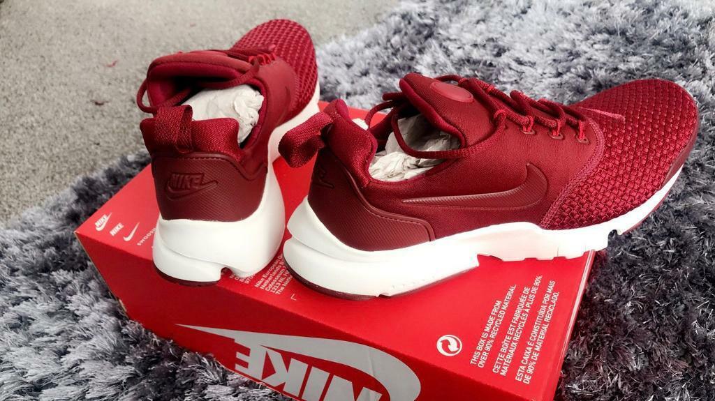 0d498f9fdf988 Nike presto fly size 4.5 brand new