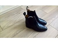 A PAIR OR QUALITY LOAKE BOOTS £185 NEW