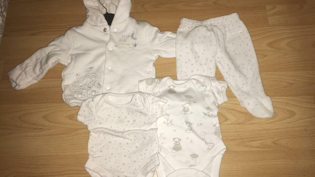 MotherCare New Born outfit set