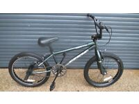 APOLLO AWESOME BMX. BIKE IN EXCELLENT LITTLE USED CONDITION. (SUIT AGE 6 / 7+).