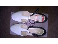 Ladies leather shoes for sale
