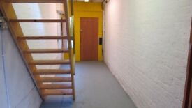 Work space in central Walthamstow. 600sq ft over 3 floors. 5mins walk from Tube/Overground.