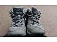 Merrell Pulse II Waterproof Mid Hiking Boots - Very Good Condition - Size 6