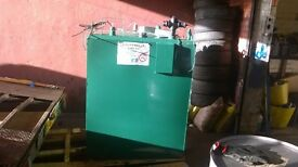 1000 litre fuel tank with electronic gadge