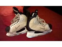 Nike quest v2 ice hockey skates size 11