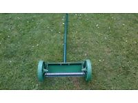 garden scarifier/lawn rake