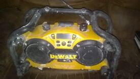 Dewalt AM/FM site radio and 7.2-18v battery charger model DC011 works but well used £20 ono