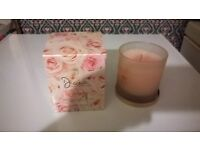 scented candle in memory of Princess Diana in original box and rose scented.