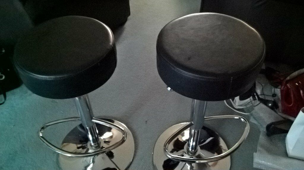2 Black and Chrome breakfast bar stools