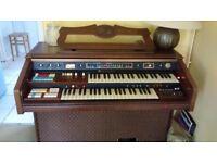 Hammond Organ excellent condition